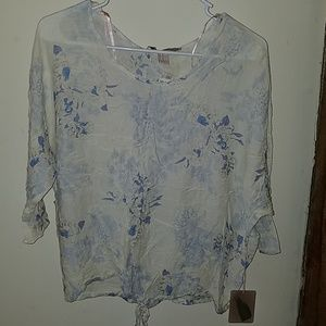 NWT Forever 21 off white and blue blouse